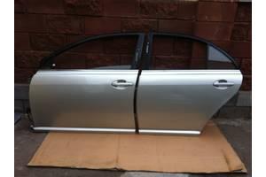 б/у Двери передние Toyota Avensis Sedan