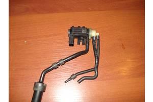б/в Электроклапан управления Vanos Volkswagen Passat B7