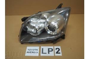 б/у Фара Toyota Avensis