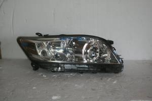 б/у Фара Toyota Rav 4