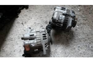 б/у Генератор/щетки Mazda 323