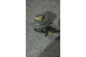 б/у Главные тормозные цилиндры Audi 80