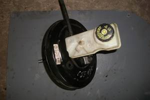 б/у Главный тормозной цилиндр Renault Kangoo