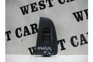 б/у Стеклоподъемник Toyota Avensis
