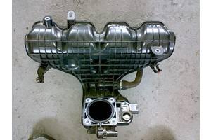 б/у Коллектор впускной Toyota Auris