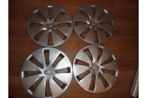 б/у Колпаки на диск Toyota Corolla