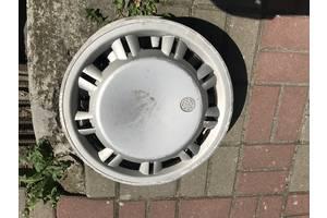 б/у Колпак на диск Volkswagen T4 (Transporter)