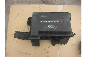 б/у Корпус воздушного фильтра Ford Transit