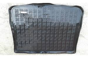 б/у Коврики багажника Volkswagen Tiguan