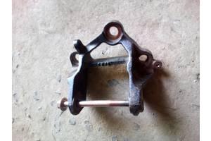 б/у Кронштейны Mazda 6