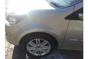б/у Крыло переднее Renault Clio