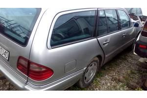 б/у Крылья задние Mercedes 210