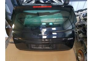 б/у Крышка багажника Peugeot 5008