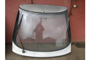 б/у Крышка багажника Mazda 323F