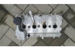 б/у Крышки клапанные ВАЗ 2110