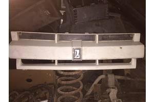 б/у Молдинги решетки радиатора ВАЗ 2109 (Балтика)