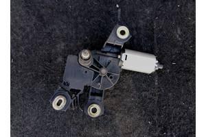 б/у Моторчики стеклоочистителя Volkswagen В6