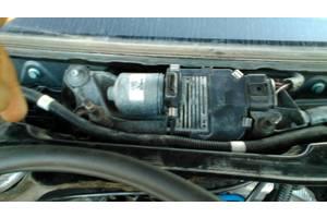 б/у Моторчик стеклоочистителя Volkswagen Touareg