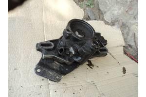 б/у Насосы гидроусилителя руля Renault 21
