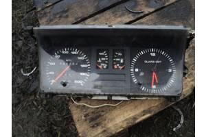 б/у Панель приборов/спидометр/тахограф/топограф Audi 80