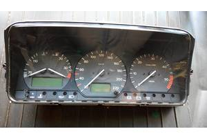 б/у Панели приборов/спидометры/тахографы/топографы Volkswagen Passat B4