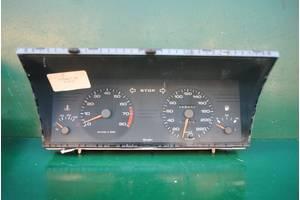 б/у Панель приборов/спидометр/тахограф/топограф Peugeot 405