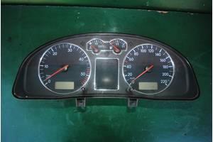 б/у Панель приладів/спідометр/тахограф/топограф Volkswagen Passat B5