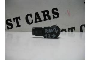б/у Датчик парковки Toyota Rav 4