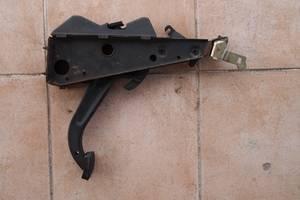 б/у Педаль ручника Mercedes 123