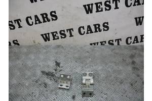 б/у Петли двери Peugeot Bipper груз.