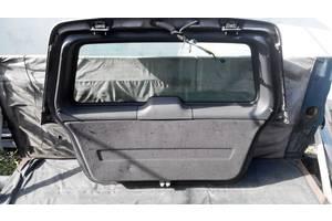 б/у Петли крышки багажника Mercedes