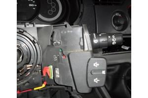б/у Подрулевой переключатель Renault Kangoo
