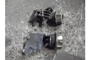 б/у Подушка мотора Volkswagen T4 (Transporter)