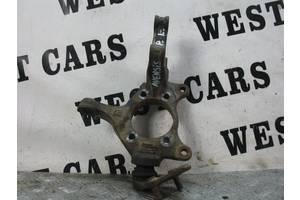 б/у Поворотный кулак Toyota Avensis