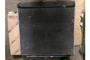 б/у Радиаторы кондиционера Nissan Pathfinder