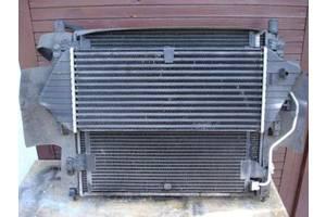 б/у Радиатор интеркуллера Mercedes ML 270