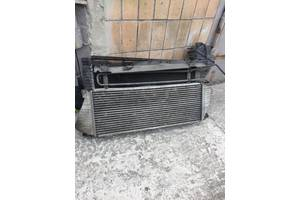 б/у Радиаторы интеркуллера Mercedes Sprinter 413