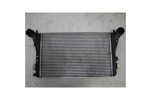б/у Радиаторы интеркуллера Volkswagen Passat B7