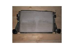 б/у Радиаторы интеркуллера Volkswagen Touran