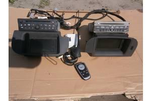 б/у Радио и аудиооборудование/динамики Renault Kangoo