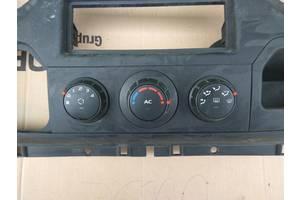 б/у Регулятор оборотов вентилятора печки Renault Master груз.