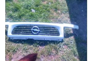 б/у Решётка бампера Opel Vectra A