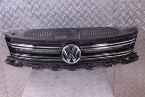 б/у Решётки бампера Volkswagen Tiguan