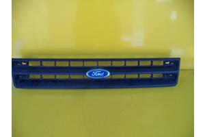 б/у Решётка радиатора Ford Escort