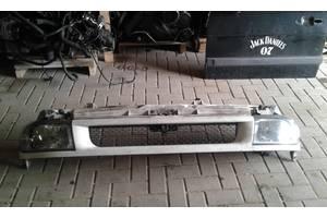б/у Решётка радиатора Ford Transit