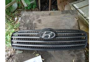 б/у Решётки радиатора Hyundai Accent