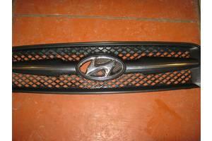 б/у Решётка радиатора Hyundai Tucson