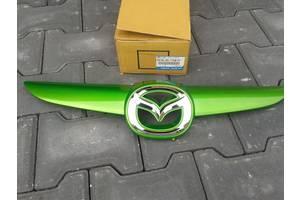 б/у Решётки радиатора Mazda 2