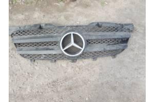 б/у Решётка радиатора Mercedes Sprinter