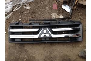 б/у Решётки радиатора Subaru Forester